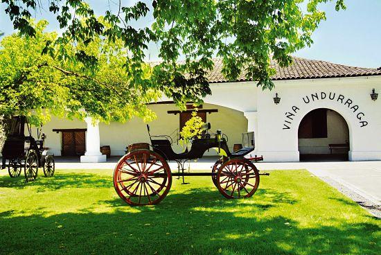 unduragga winery courtyard
